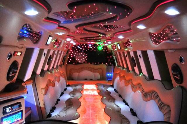 14 Person Escalade Limo Services Bridgeport
