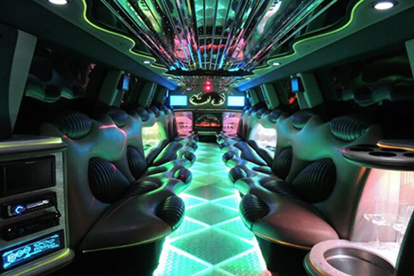 14 Person Hummer Limo Rental Bridgeport