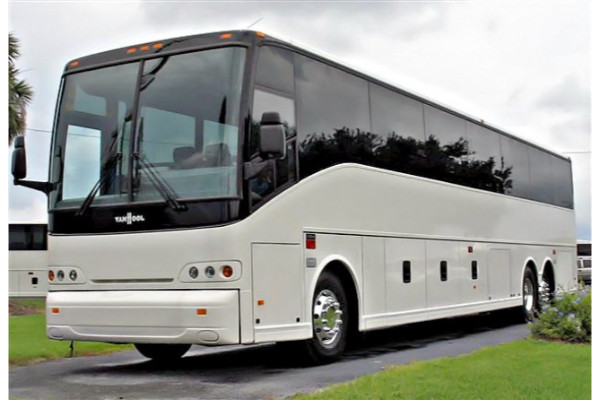 50 Passenger Charter Bus North Haven